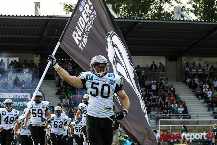 Swarco Raiders Tirol gewinnen gegen Triangle Razorbacks in Central European Football League