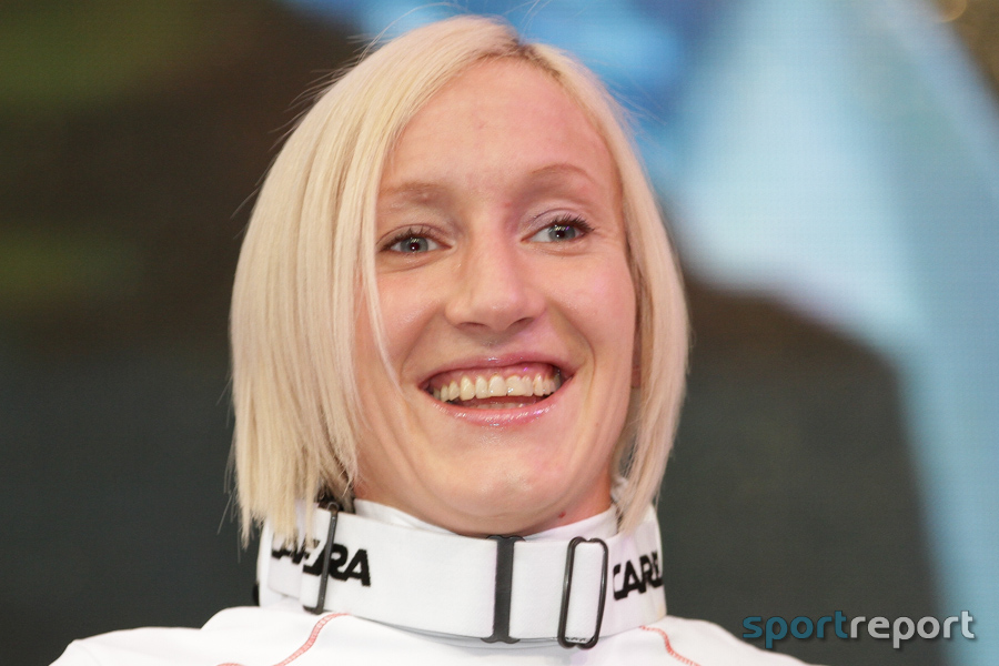 Daniela Iraschko-Stolz am rechten Knie operiert
