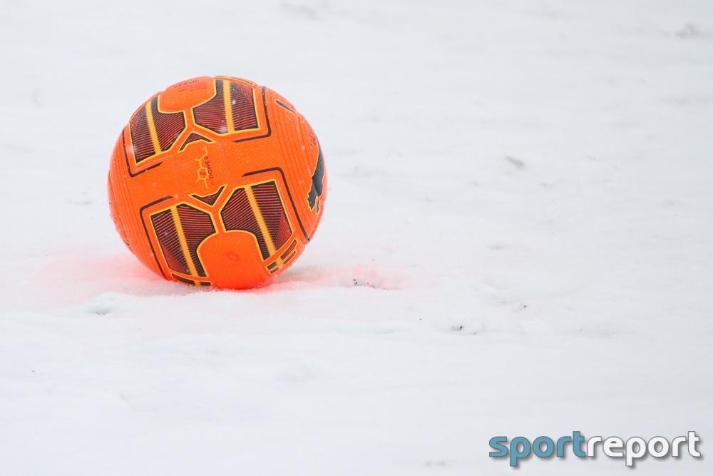 Fußball, Island, Wetter, Schneesturm, Breidablik Kopavogur, Fram Reykjavik, Wiederholungsspiel, Video