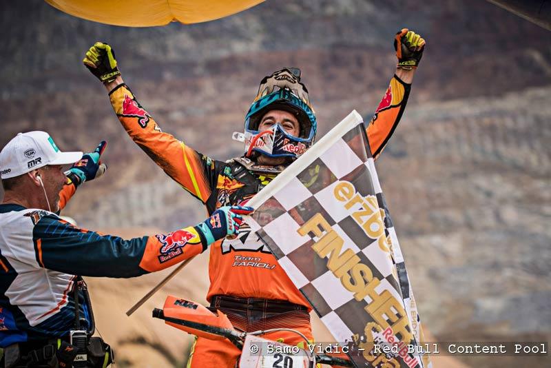 Spanier Alfredo Gomez gewinnt Red Bull Hare Scramble 2017