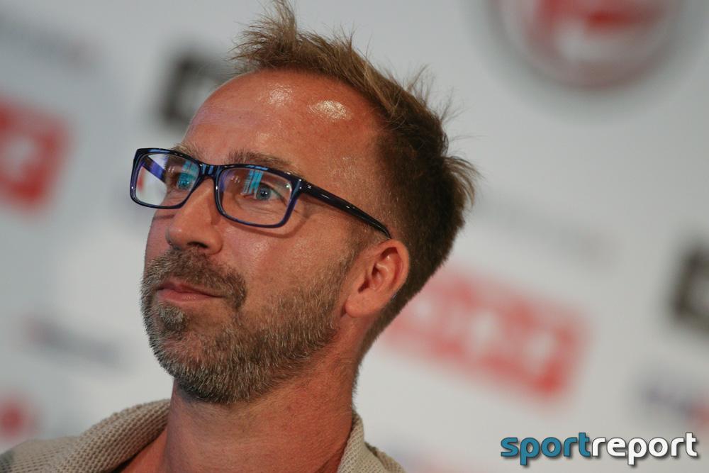 """Roman Mählich (Trainer SC Wiener Neustadt): """"Das hat uns ja niemand, wirklich überhaupt niemand in Österreich, zugetraut."""""""
