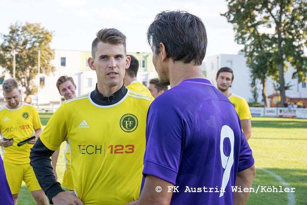 Dominic Thiem traf in einem Benefizspiel auf die Austria Allstars