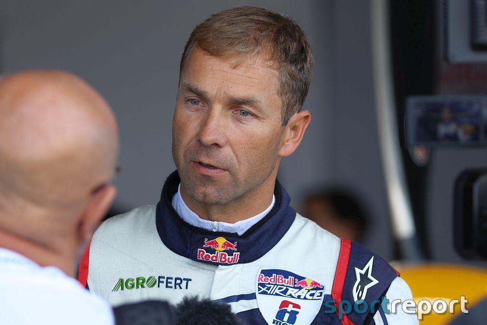 Martin Šonka erklimmt WM Thron beim Red Bull Air Race in Wiener Neustadt